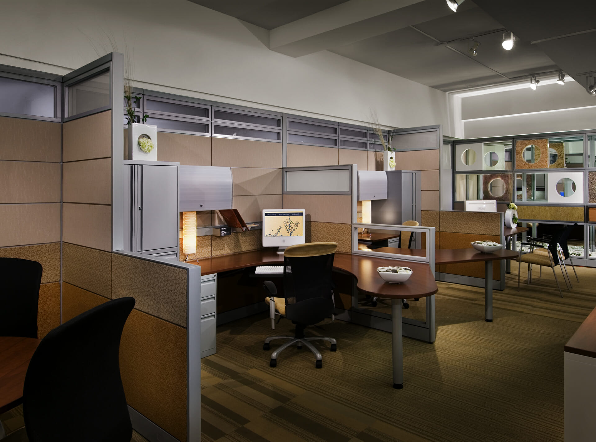 Evolve Office Furniture - Wells and Kimich
